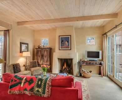 Santa Fe Vacation Rental - Bright Living Room With Patios
