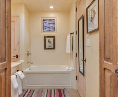 Santa Fe Vacation Rental Master Bathroom with Bathtub