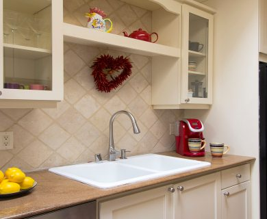 Fully Furnished Kitchen In Santa Fe Vacation Rental