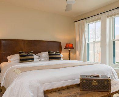 Santa Fe Vacation Rental King Suite