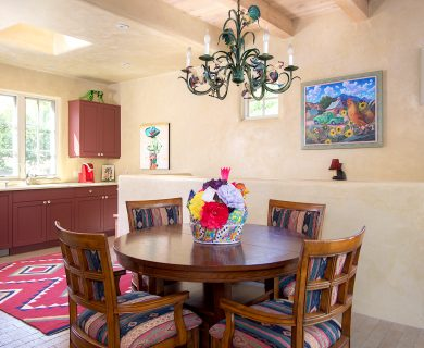 Southwest Style Vacation Rental With Open Kitchen