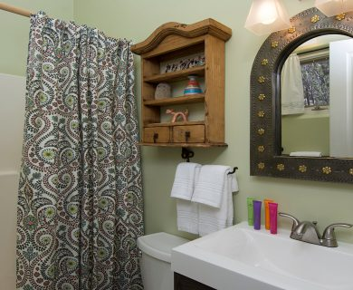Santa Fe Vacation Rental with Southwestern Decor Bathroom