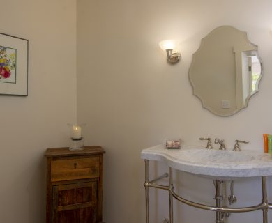 Santa Fe Luxury Vacation Rental Bathroom