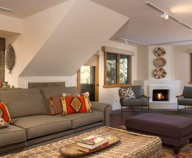 Santa Fe Vacation Rental with Open Living Room and Fireplace