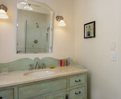 Santa Fe Vacation Rental Guest Bedroom - Bath