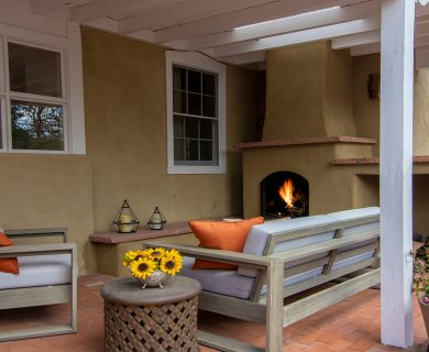Santa Fe Vacation Rental with Outdoor Fireplace