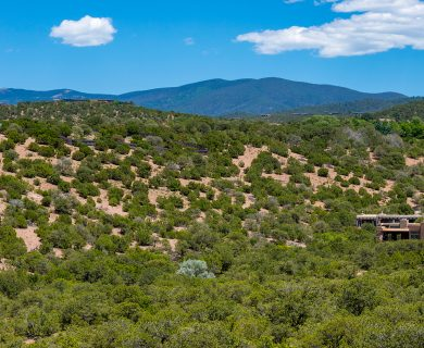 Santa Fe Vacation Rental in the Hills
