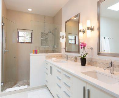 Double Vanity - Large Luxurious Master Shower