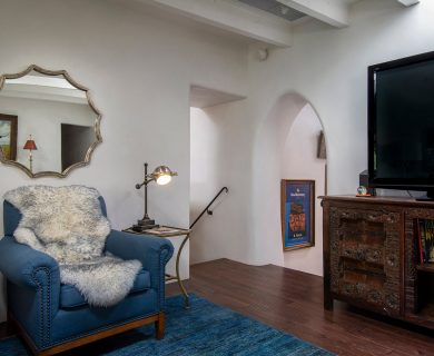 Upstairs TV Room with Flat screen TV